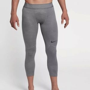 Nike Pro Hypercool 3/4 Compression Training Tights